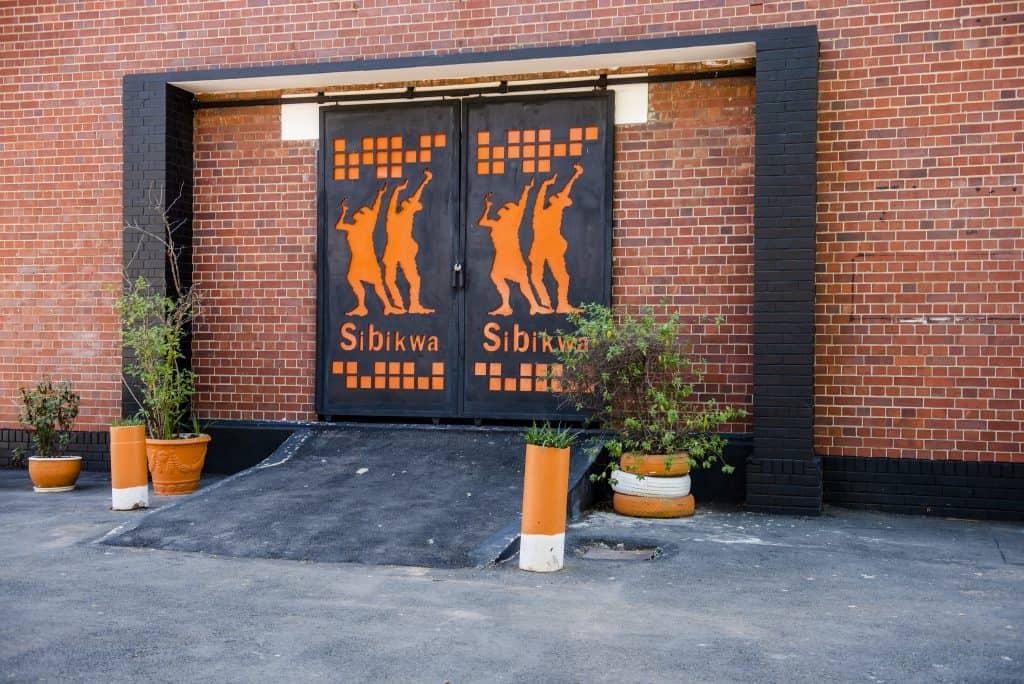 065_Sibikwa_Buildings
